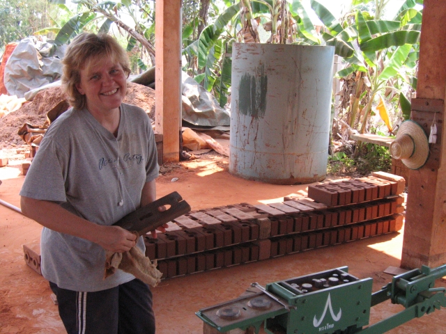 Tammy making blocks at the CVBT